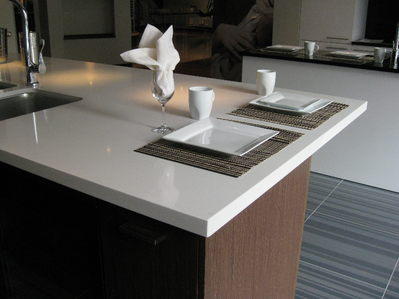 Countertop Material Weight : Quartz Vs. Granite Countertop Weight-Benyee Quartz