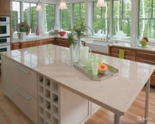 Quartz Countertops in Resistance to Knives and Hot Pots